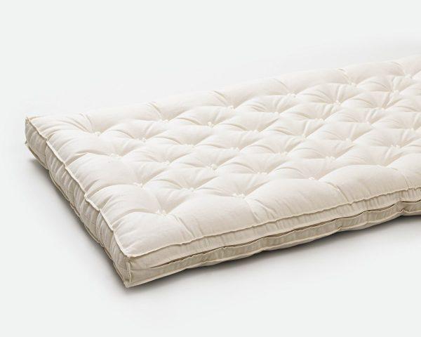 Cottoned crib mattress - side detail